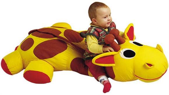Activity & Play Wesco Olaf the Giraffe